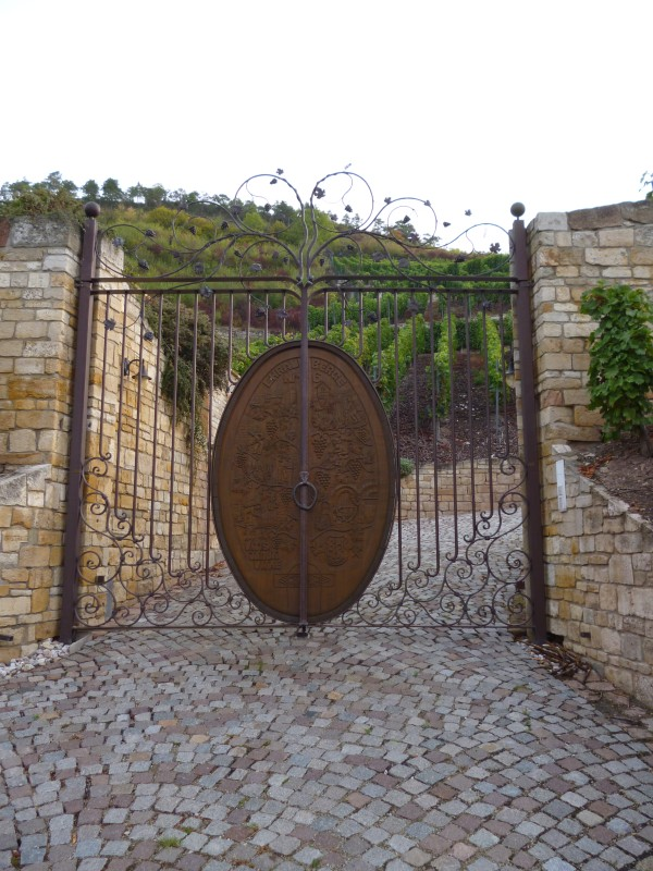Eingang zu den Weinbergen